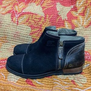 Sorel Suede Leather Chukka Ankle Boots Side Zip